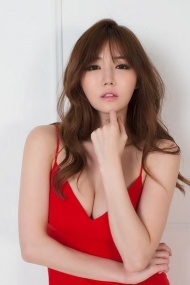 Si-Young